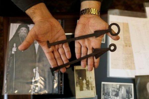 عائلة مسلمة تحتفظ بمفتاح موقع قبر المسيح في القدس