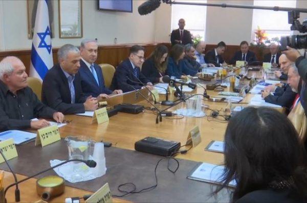 نتنياهو يحمل حماس مسؤولية أي هجوم من غزة