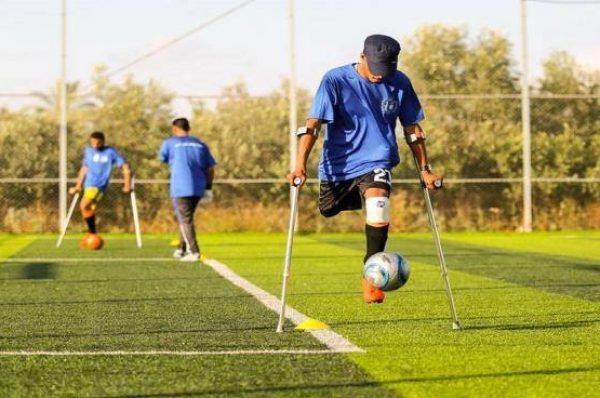 قواعد جديدة لكرة قدم يبتكرها مبتورو أطراف في غزة