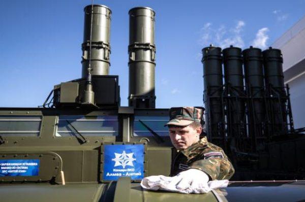 مصادر إسرائيلية: النظام السوري دفع مليار دولار لروسيا مقابل منظومة إس300