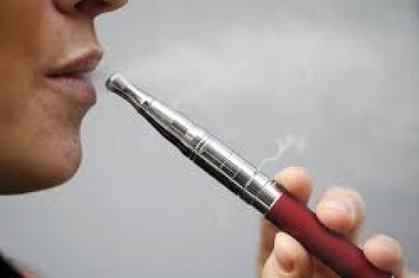 دراسة حديثة: السجائر الإلكترونية تزيد من خطر الإصابة بأمراضالقلبوالأوعية الدموية