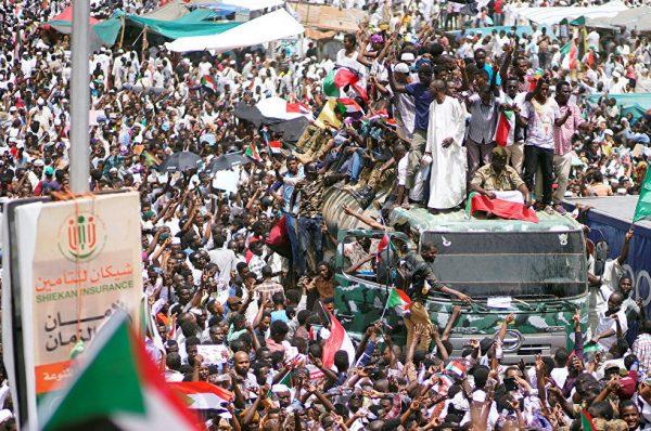 دعوات سودانية لعصيان مدني للضغط من أجل الوصول لإنتقال سلمي للسلطة