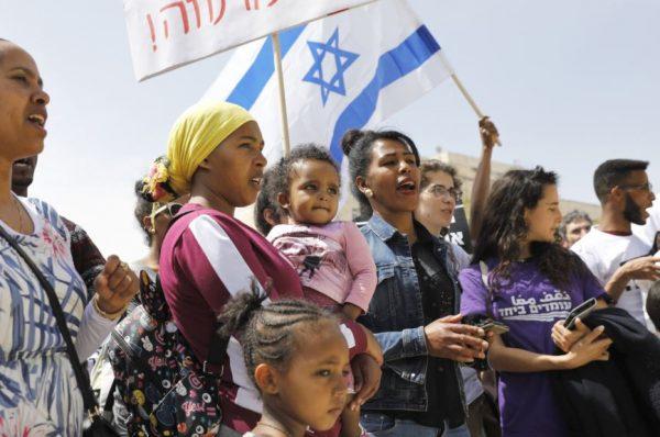 إمباكت الدولية تتهم إسرائيل بالعنصرية تجاه العمالة الوافدة