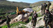 اعتداء قوات الاحتلال على اراضي المواطنين وشق طرق جديدة