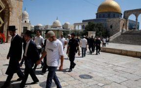 عشرات المستوطنين يقتحمون المسجد الأقصى صباح اليوم