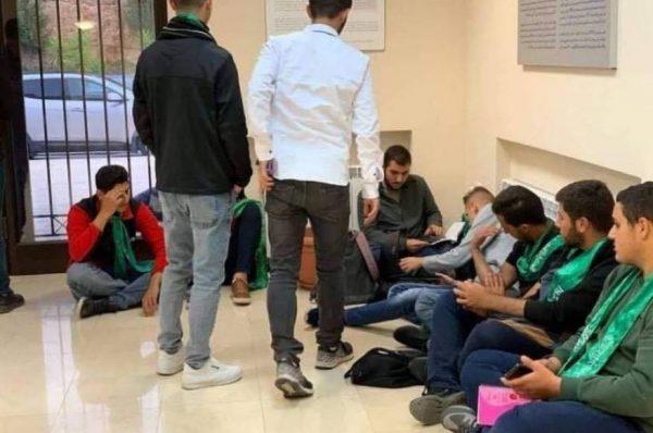اعتصام طلبة جامعة بيرزيت للمطالبة بالافراج عن زملائهم