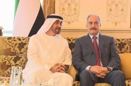 هل توقفت الإمارات عن دعم حفتر بعد هزائمه؟