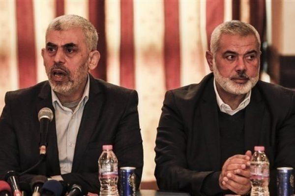 حماس تدعو عباس الي ترجمة قراراته إلى خطوات عملية