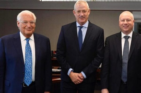 """فريق إسرائيلي لصياغة الحلول بعد إلغاء """"قانون التسوية"""" واجتماع مع فريدمان الأحد"""