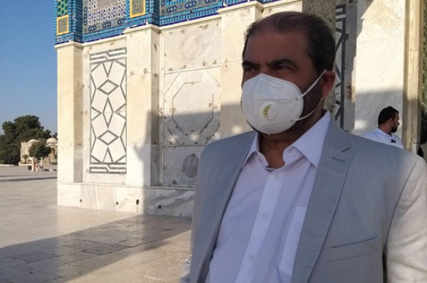 المقدسيون طردوا وفداً إماراتيا دخل إلى المسجد الأقصى بحماية شرطة الاحتلال