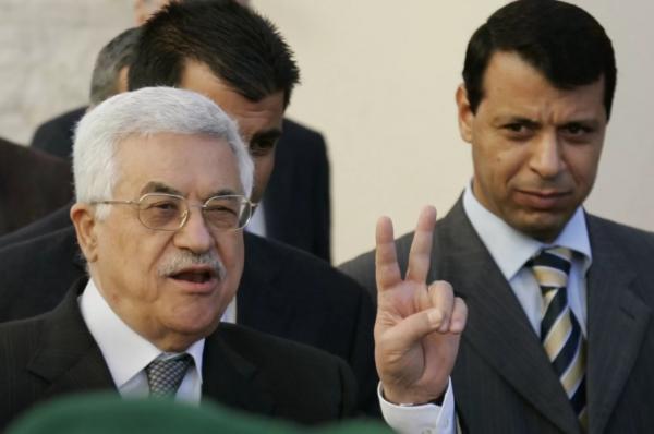 قطاع غزة ساحة الحرب الباردة بين أطراف النزاع الفتحاوي محمود عباس ومحمد دحلان