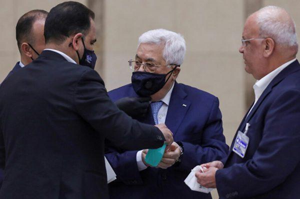محلل سياسي عباس لن يستمر حتى النهاية في الإنتخابات التشريعية في ظل إنشقاقات حركة فتح وتعدد قوائمها