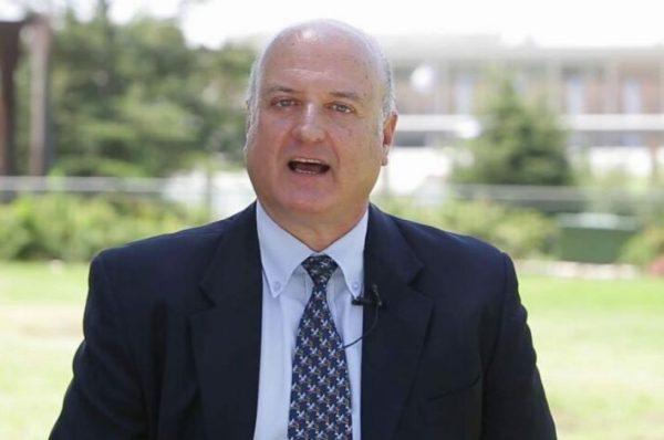 رئيس البعثة الإسرائيلية في الرباط ينشر صورته بالجلباب المغربي