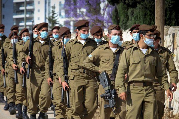 """أكبر مناورة عسكرية لجيش الاسرائيلي تحاكي حربا من عدة جبهات """"شهر الحرب"""""""