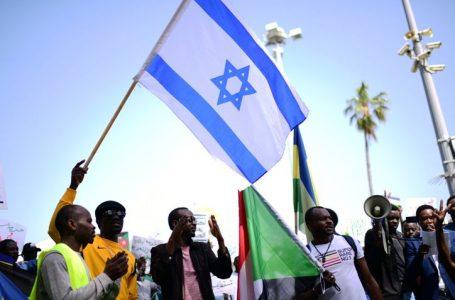 مصادر مطلعة تكشف عن أول زيارة لوفد سوداني لإسرائيل الأسبوع القادم