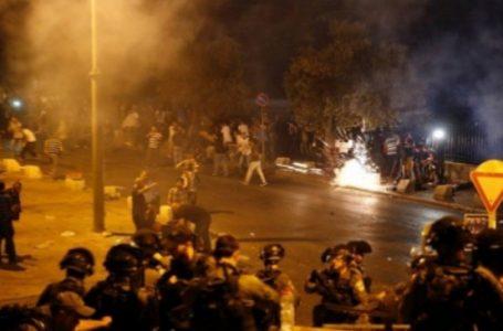 عشرات الإصابات والإعتقالات خلال قمع الاحتلال للمقدسيين في شوارع القدس
