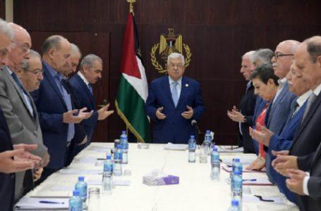 عضو اللجنة التنفيذية لمنظمة التحرير : هناك اتصالات بين القيادة الفلسطينية والإدارة الأمريكية لحل الصراع في المنطقة