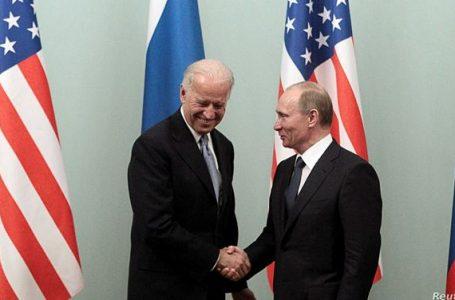 في إطار الرد على واشنطن.. موسكو تقول بأنها ستطلب مغادرة 10 دبلوماسيين أميركيين