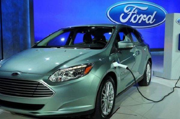 شركة فورد تعزز فرصها بالاستثمار في السيارات الكهربائية