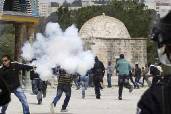 دعوات شبابية للزحف نحو المسجد الأقصى لحمايته من اقتحامات المستوطنين