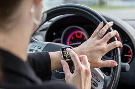 التأثيرات السلبية للساعات الذكية.. أبحاث تكشف خطورتها على السائقين