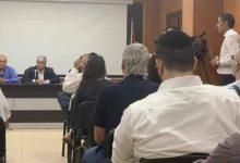 وفد اسرائيلي يزور مقر منظمة التحرير في محافظة البيرة وتكريم لبعض النشطا