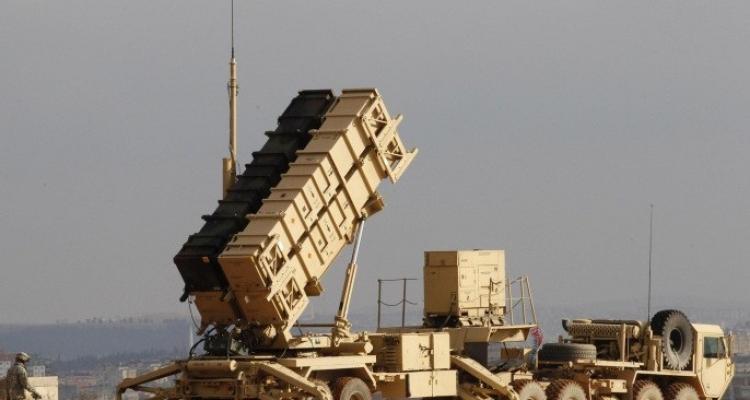 """الأمير تركي الفيصل يطالب واشنطن بعدم سحب صواريخ """"باتريوت"""""""