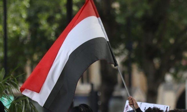 اليمن.. التحالف العربي يعلن تدمير زورقين للحوثيين